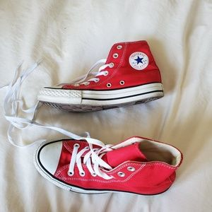 Red converse womens 6